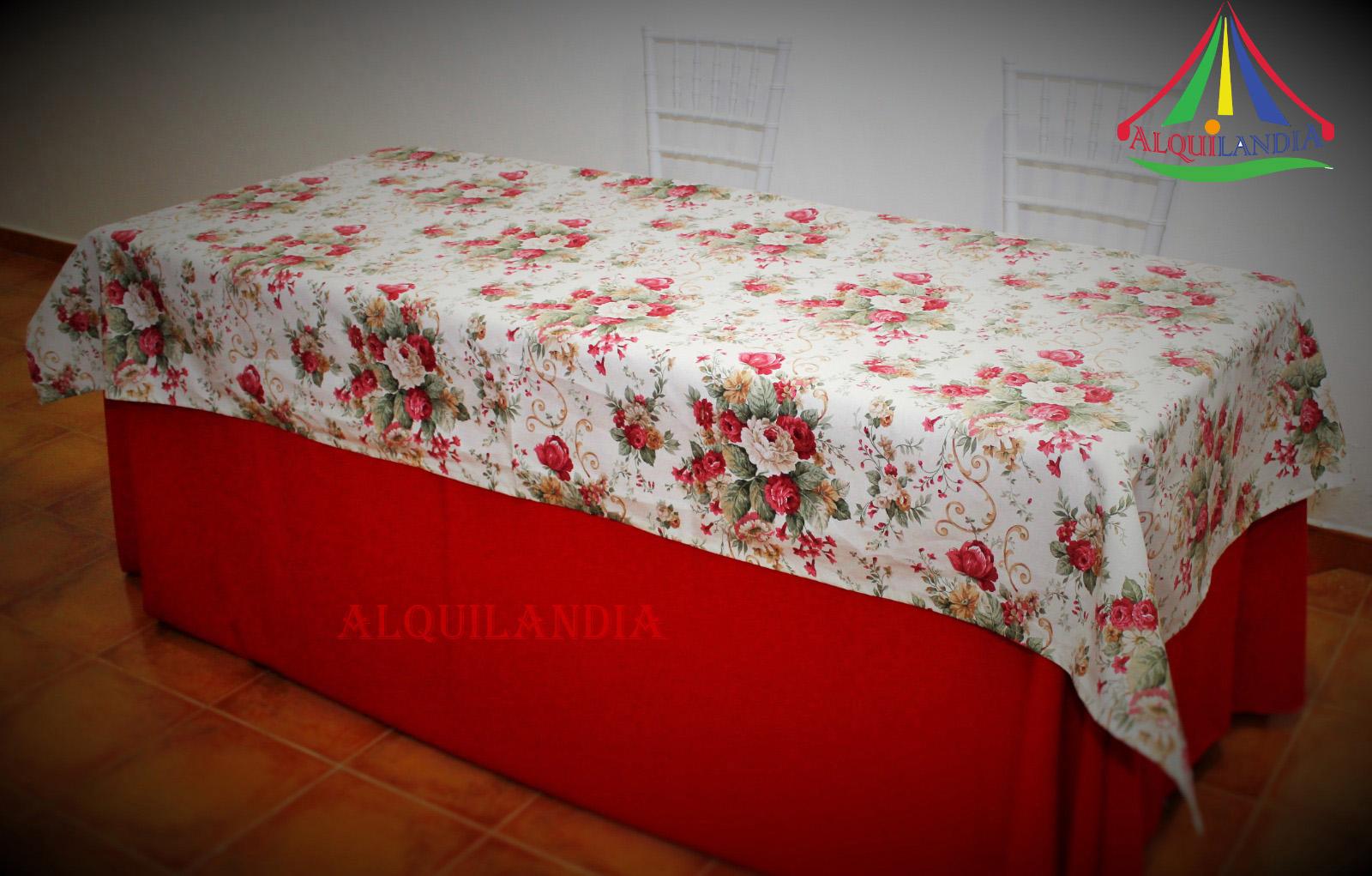 Mantel rojo y cubremantel flores Nuria